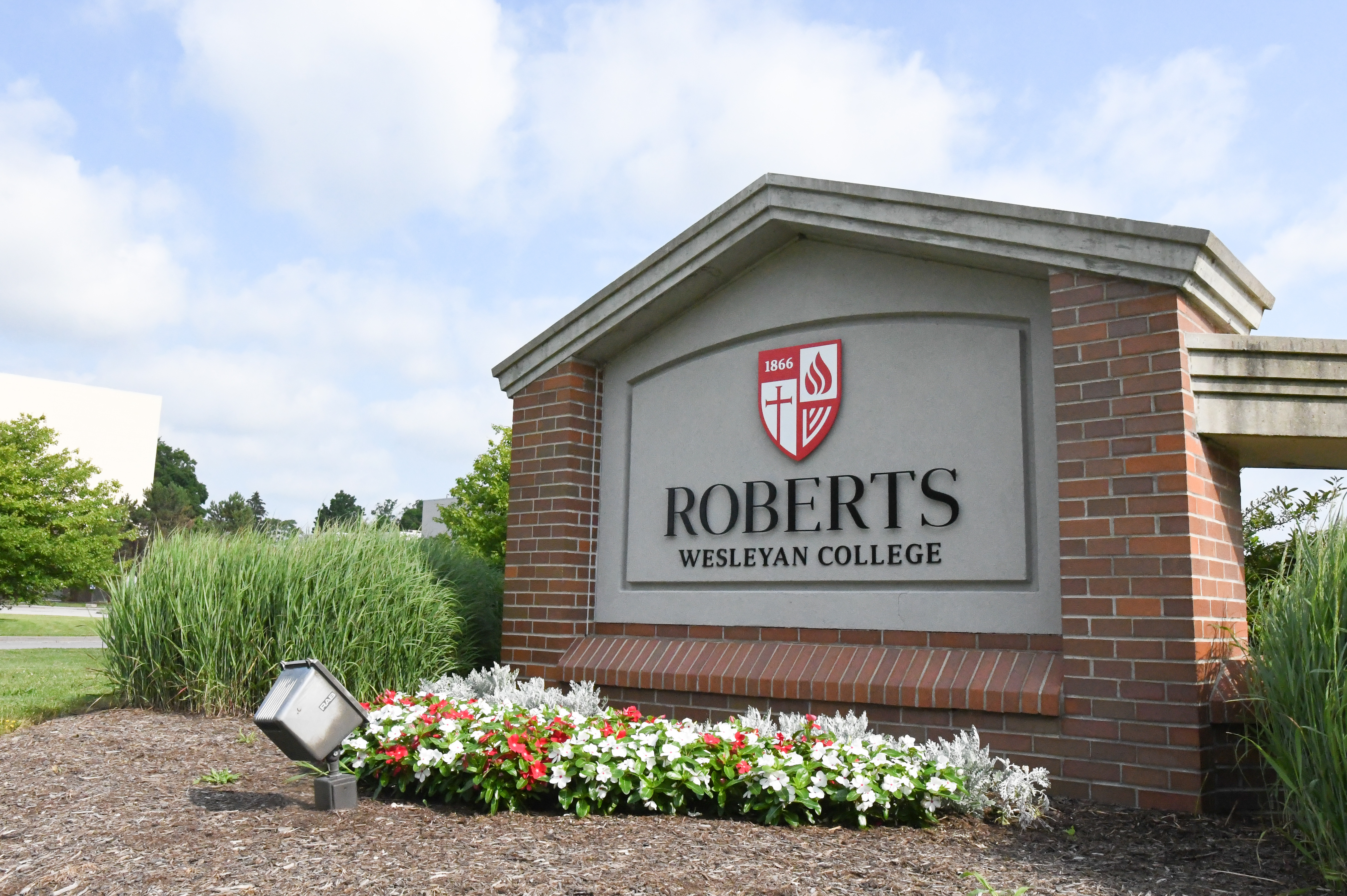 Roberts front sign